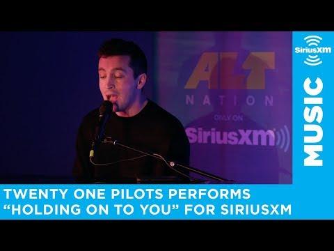 twenty one pilots - Holding On To You (SiriusXM Session)