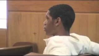 """Teenager Urinates In Courtroom Trash Can & Mamma Says """"YOU MESSIN' WITH MY BABY!!!"""""""
