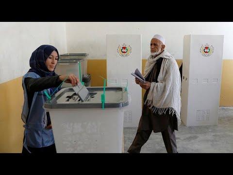 Afghanistan : chaos et incertitude après le scrutin de samedi