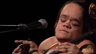 """Gaelynn Lea """"Someday We'll Linger In The Sun"""""""