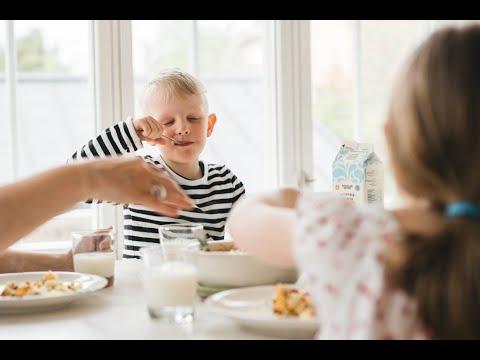Verkkoluento: Lapsen kanssa ruokapoydässä