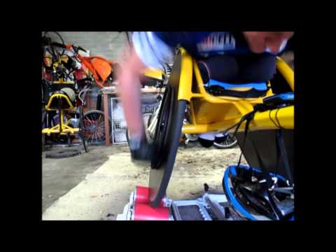How to push a racing wheelchair