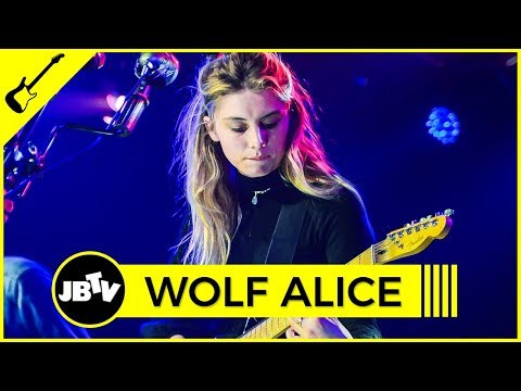 Wolf Alice - Giant Peach | Live @ JBTV