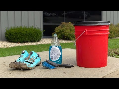 How To: Clean Your Bike Shoes