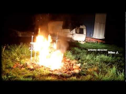 DANCEFLOOR DISASTER - LADY GRAS GRAS (clip officiel)