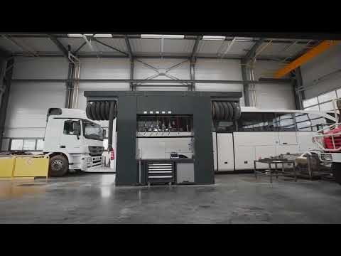 <p>Mercedes Benz installation in France: compact and solid</p>