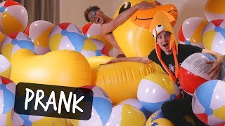 SURPRISING MY ROOMMATE WITH INFLATABLE ROOM!