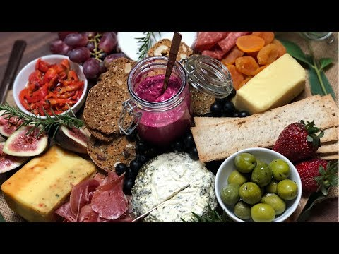 HOW TO IMPRESS YOUR FRIENDS WITH A RUSTIC CHEESE BOARD | RACHAEL BROOK