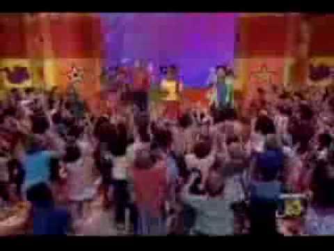 Hi5 Cantan Cinco Sentidos Version en Español