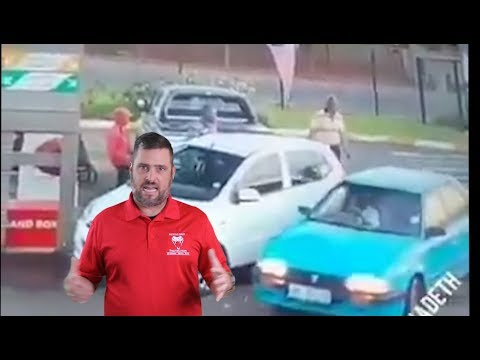 Raging Car Owner Savagely Beats Offender