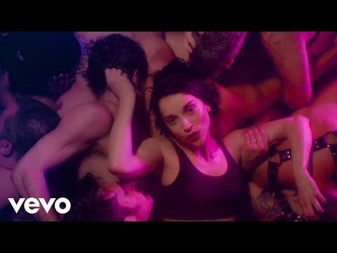 St. Vincent - Fast Slow Disco (Music Video)
