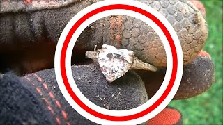 DID I JUST FIND A DIAMOND RING??? Metal Detecting Lost Valuables! Smartphone, Old Coins & More!