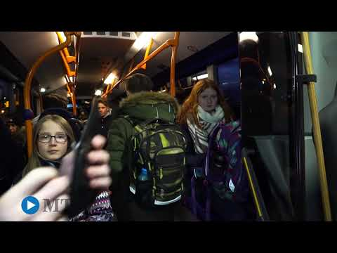 Mit dem Busfahrer unterwegs
