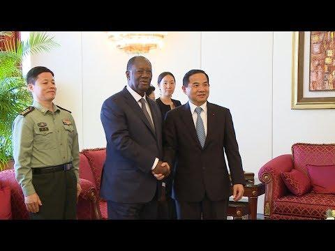Entretien avec l'Ambassadeur de Chine, S.E.M.  TANG Weibin