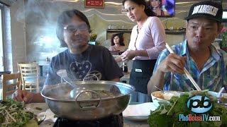 Lẩu mắm, chả giò chạo tôm và bánh xèo ở nhà hàng Thanh Mai