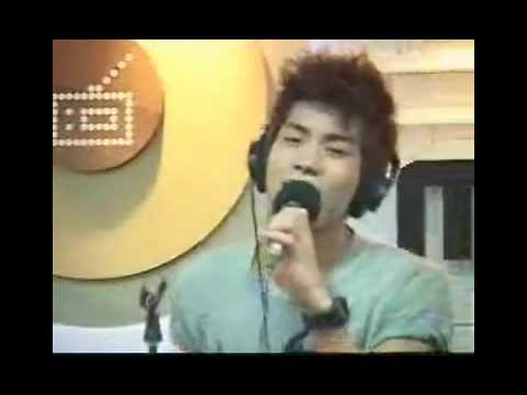090611 SHINee JongHyun Baby Baby Live! @ ShimShimTaPa