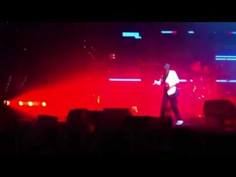 Faithless - Feel Me Now [HD + HQ] Live 26 11 2010 Ahoy Rotterdam Netherlands