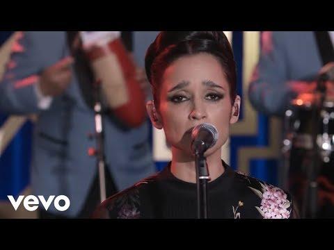 La Sonora Santanera - El Ladrón ft. Julieta Venegas (Video Oficial)