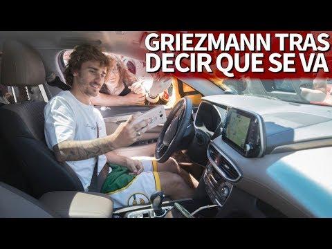 Griezmann un día después de anunciar su salida: fotos y autógrafos desde el coche | Diario AS