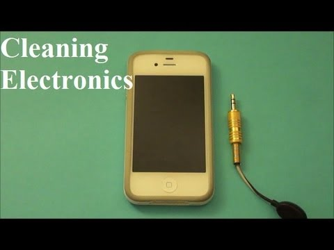 how to clean iphone headphone jack how to clean electronics iphone computers mp3 players 18658