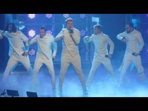 Backstreet Boys Vegas 3-4-2017 -  Larger Than Life