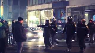 Protest cu violențe pe străzile Bucureștilor / 15 dec 2013