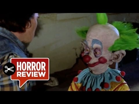 Killer Klowns From Outer Space Review (1988) 31 Days Of Halloween Horror Movie HD