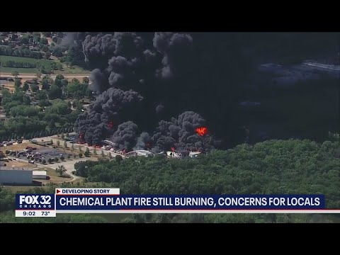 Concerns for locals as Rockton, Illinois chemical plant fire continues to burn
