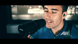 'This Is Amazing Grace' (Acoustic) | Phil Wickham