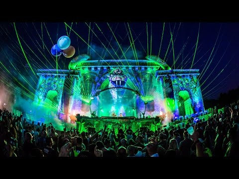 Tomorrowland Belgium 2016 | The Raw Connection