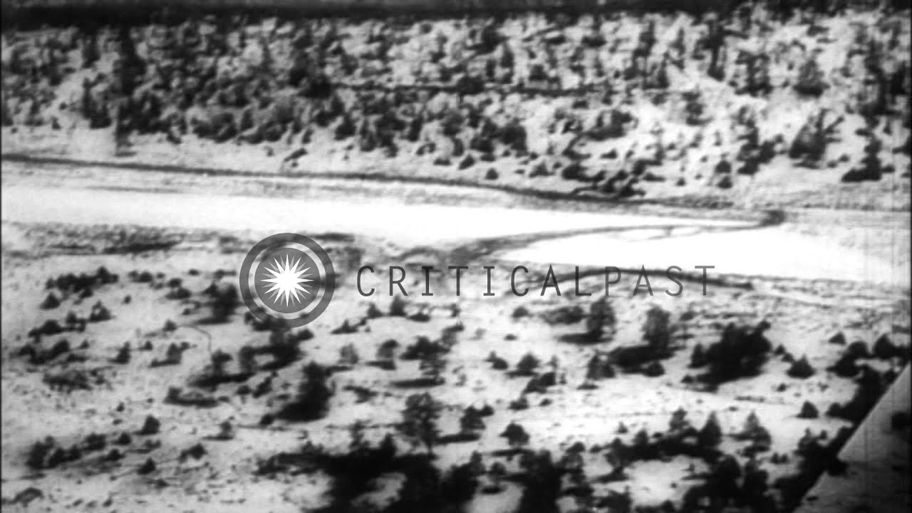 Mike Todd passes away in a plane crash, New Mexico, United ...