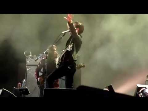 Jamie Cook without guitar during 'Dancefloor' into 'Library Pictures' at Rock Werchter 2014