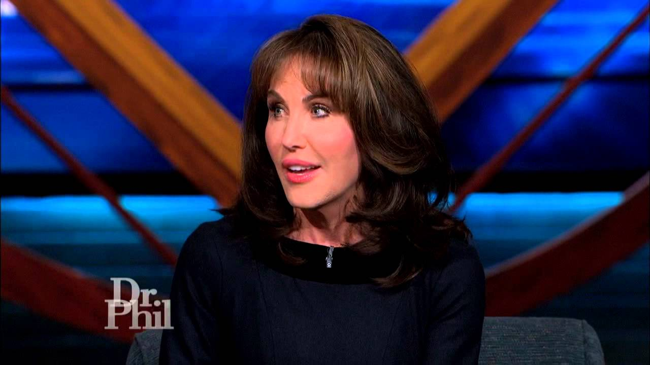 Robin McGraw Issues A Warning About Domestic Violence
