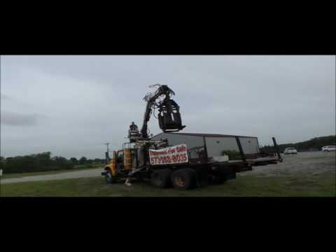 1998 International 4900 crane truck for sale | no-reserve Internet auction September 29, 2016