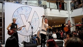 The Tide - Shut Up And Dance (Chatswood Westfield Sydney, 2016)