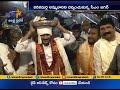 Watch: CM Jagan Offers Silk Robes To Goddess Durga At Indrakeeladri