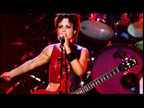 The Cranberries - Zombie (Live in Paris 1999)