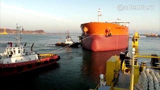 Первый в России танкер-гигант типа «Афрамакс» спустили на воду в Приморье.