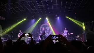 "Soul Asylum - ""Runaway Train"" @ Tropical Butantã (São Paulo, Dec 2nd 2018)"