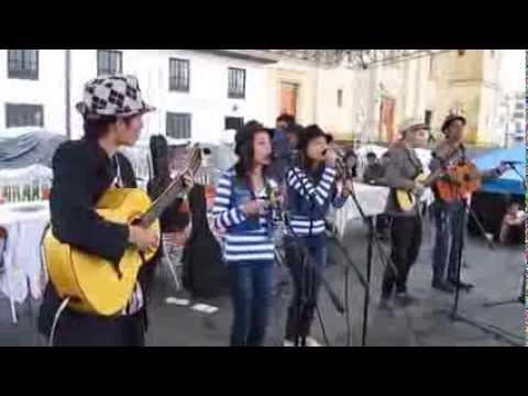 GUITARRA DE PLATA 2013 AGRUPACION LOS PRIMOS DE VELEZ
