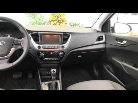 Hyundai Accent 2018. Buena opción en la base y en el tope, no en la mitad.