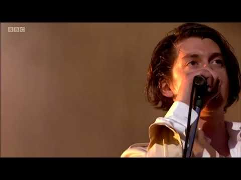 I Bet You Look Good On The Dancefloor Arctic Monkeys Live at TRNSMT 2018