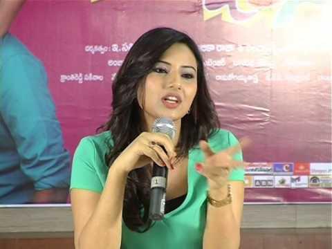 Isha-Chawla-Talks-About-Jump-Jilani-Movie