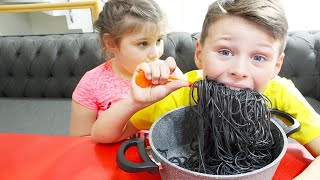 अली नानी के रूप में ब्लैक नूडल एड्रियाना खाना चाहते हैं