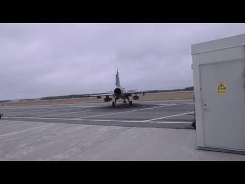 Vägen till flygmekaniker i Försvarsmakten
