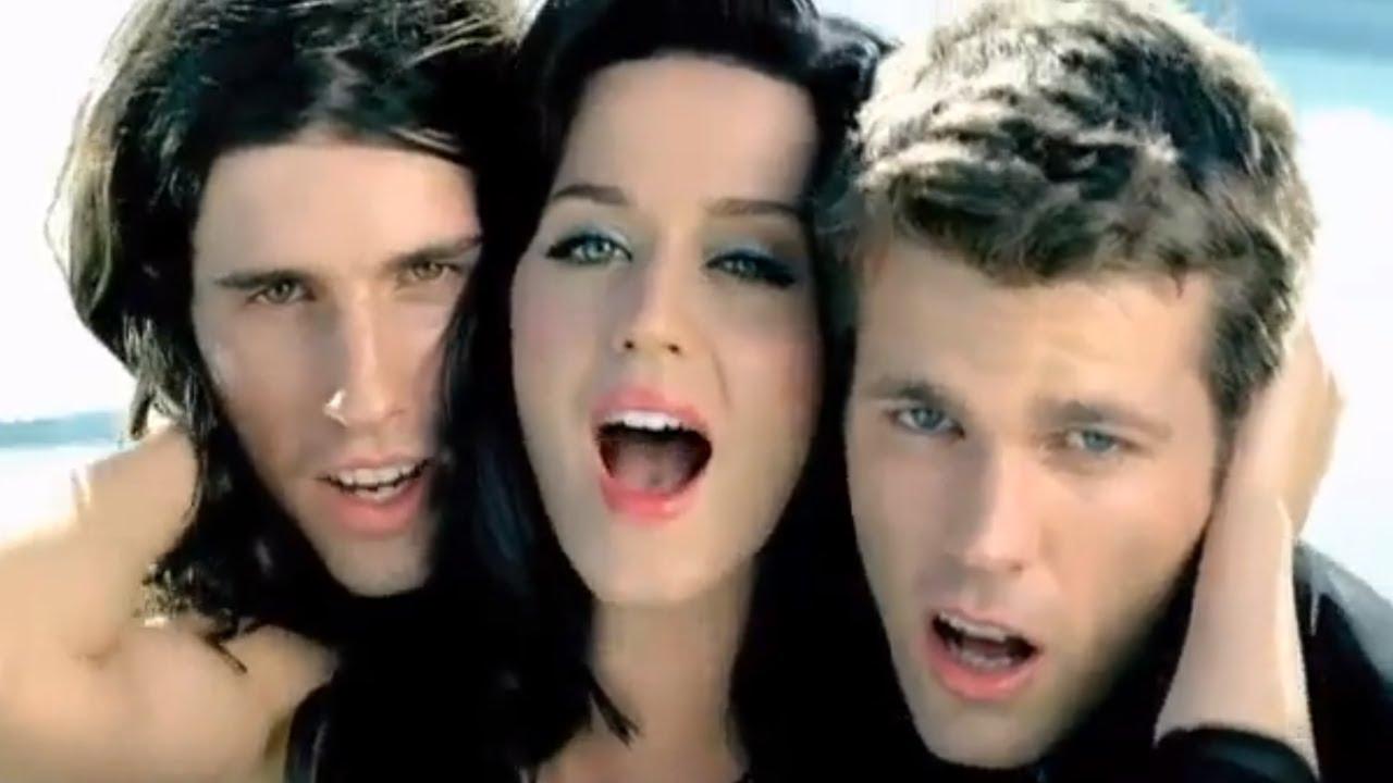 3OH!3 - STARSTRUKK (Feat. Katy Perry) [OFFICIAL MUSIC ... кэти перри Swish Swish