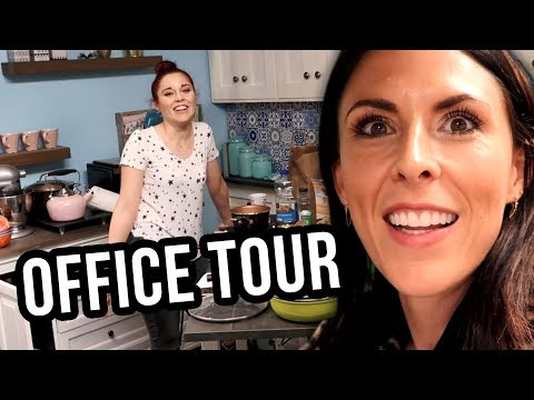 CLEVVER OFFICE & WHAT THE FLAVOR SET TOUR!! (Lunchy Break)