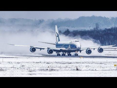 فيديو لم تشاهده من قبل .. شاهد كيف سيطر الطيار على الوضع اثناء عاصفة ثلجية
