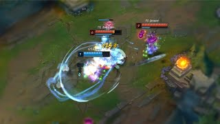 Here's How Pro Player Eliminates 2 People in League of Legends... | Funny LoL Series #600