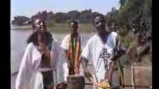 Azmari አዝማሪ (Amharic)